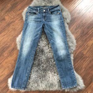 American Eagle 4 short skinny stretch jeans